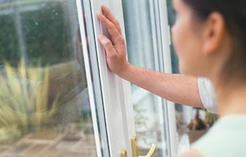 vitrier paris vitrerie 75 au 01 40 26 46 41. Black Bedroom Furniture Sets. Home Design Ideas
